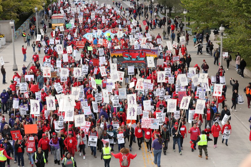 Chicago teachers strike continues after talks fail to break impasse