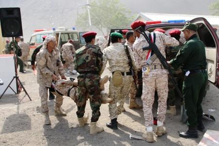 Houthi attack kills over 30 in Yemens Aden, Saudi blames Iran