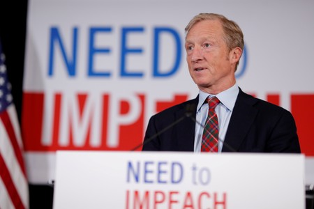 Billionaire Tom Steyer clears hurdle to join U.S. Democratic debate in October