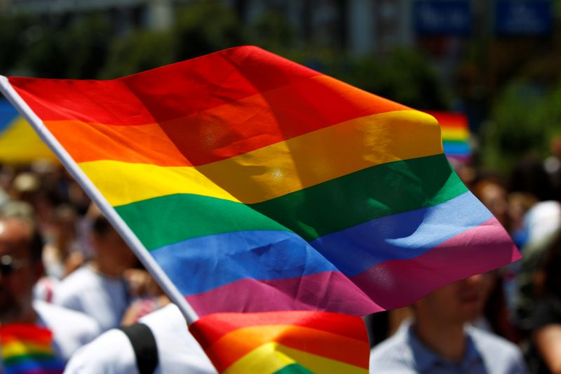 Conservative, liberal Methodists to split over gay marriage