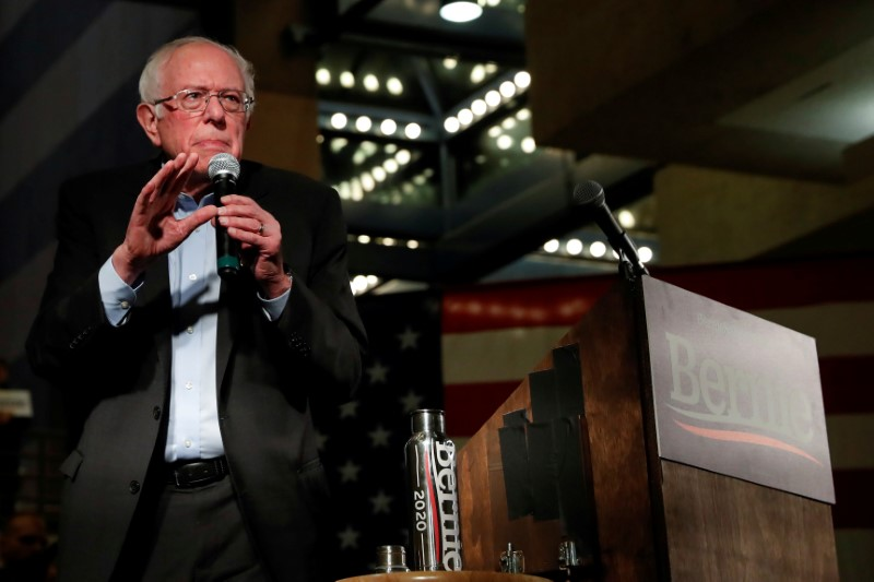 Sanders touts controversial comedians 2020 support, sparking criticism