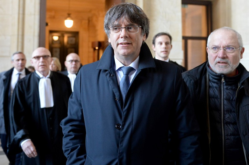 Brussels court postpones extradition hearing on ex-Catalan leader Puigdemont