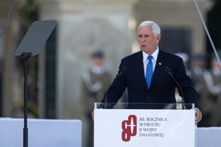 U.S. wants Brexit that encourages stability in Ireland: Vice President Pence