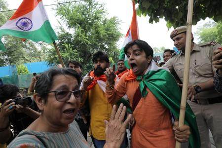 Pakistan expels Indian ambassador as Kashmir dispute escalates