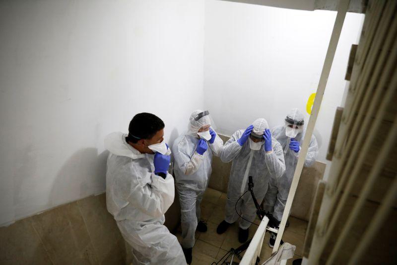 Israel moves towards mass testing as coronavirus detections rise