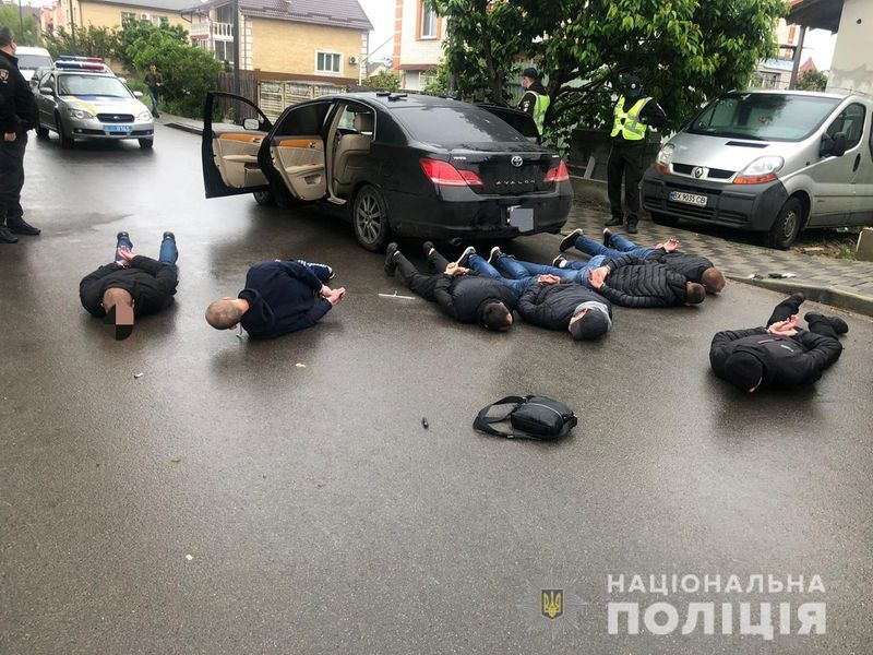 Three wounded in shootout in Kiev suburb, 20 detained