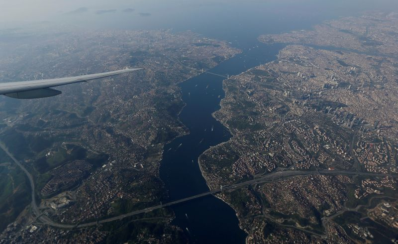 Hundreds in Istanbul sign petitions against Erdogans canal project