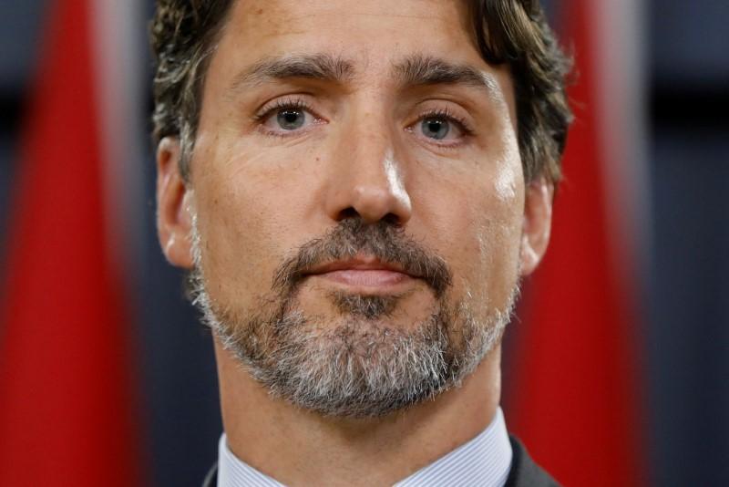 Canadas Trudeau wins plaudits at home as Iran admits causing crash