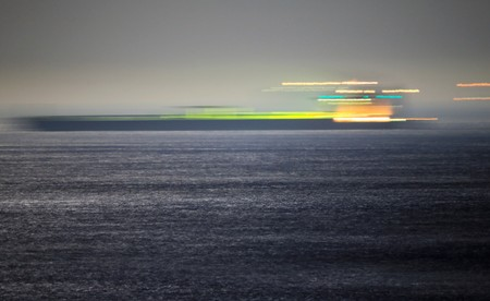 Iran tanker heads to Greece, Iran warns U.S. against seizure bid