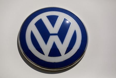 Volkswagen, Ford reach outline agreement to share electric, autonomous tech: source