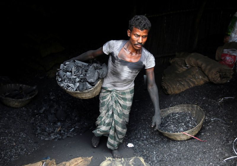 Exclusive: Modis office proposes waiving carbon tax on coal