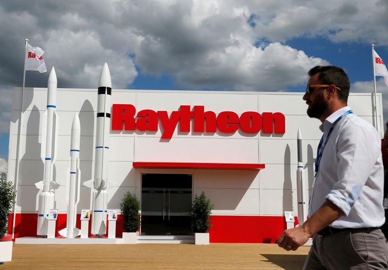 Riyadh signs deal with Raytheon Saudi Arabia to localize Patriot maintenance