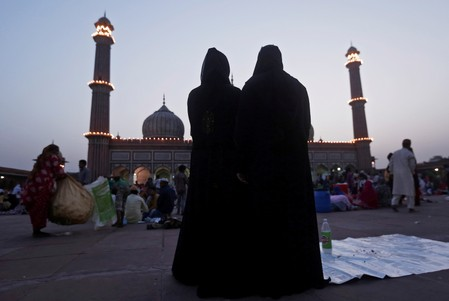 Indias parliament votes to outlaw Muslim instant divorce