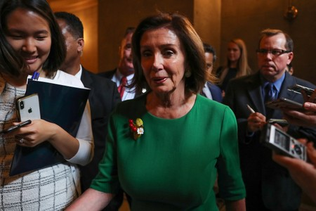 House Speaker Pelosi says shes seeking budget, debt deal before August recess