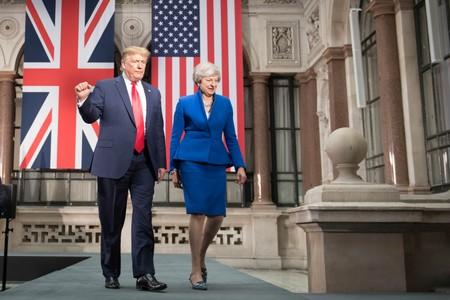 Trump blasts foolish UK PM May and her wacky envoy over leaked memos