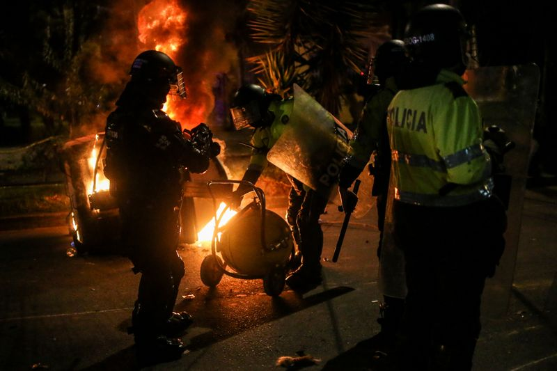 Colombia minister asks forgiveness as police brutality protests continue
