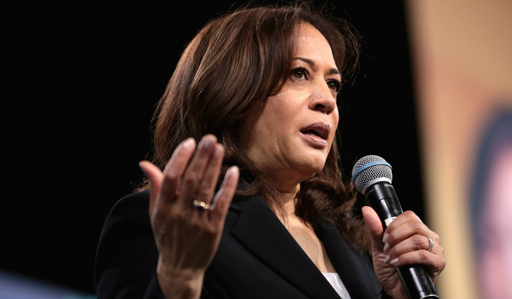 Kamala Harris Proposes Loaning Government Funds to 'Disadvantaged' Marijuana Business Owners