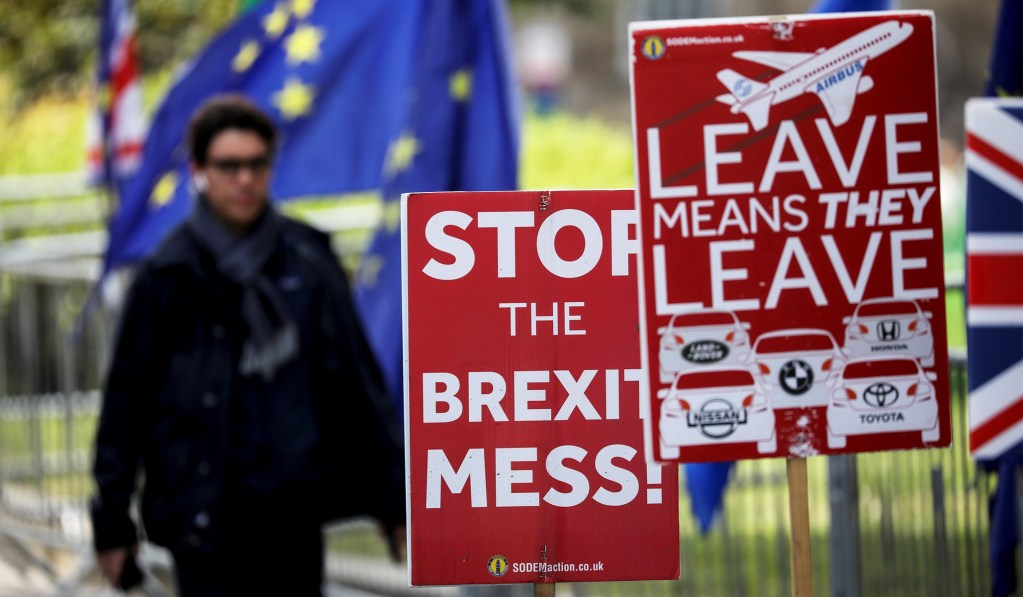 U.K. House of Lords Approves Measure Blocking No-Deal Brexit