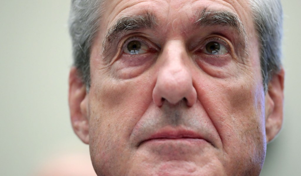 Mueller Clarifies Much-Touted Answer on DOJ Guidelines