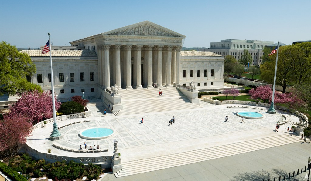 Supreme Court Rules Juries Must Convict by Unanimous Consent in Criminal Trials