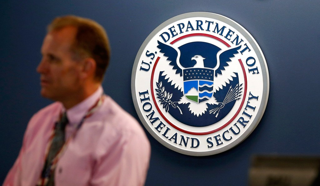 Homeland Security Grants 200,000 Salvadoran Immigrants an Extra Year to Return Home
