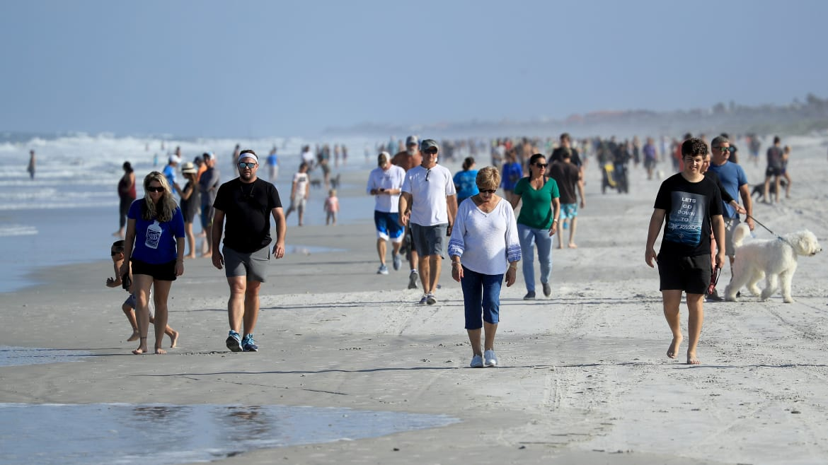 'Very, Very Scary': Officials Dumbfounded as Florida Beaches Reopen, 3 Days After Death Spike