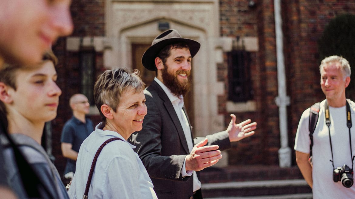 New York's Hot New Tour Is Visiting Ultra Orthodox Jews