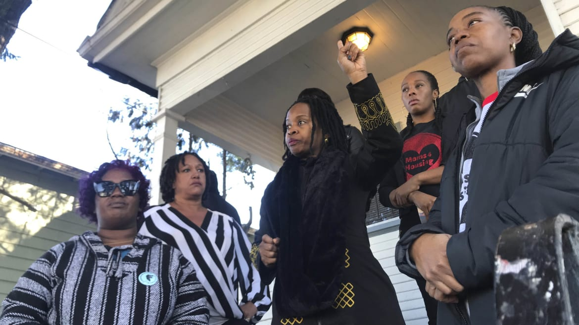 Eviction Squad Tosses Moms on Street in Ultra-Rich Bay Area