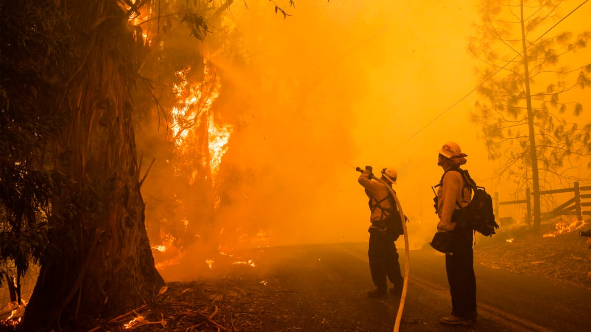 The Weird Weather Fanning the Flames in California