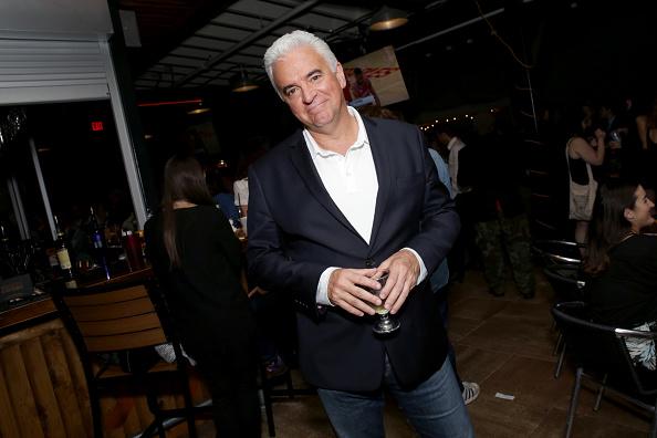 'Seinfeld' Actor Says He's 'Embarrassed' for Anti-Trump Debra Messing, Eric McCormack