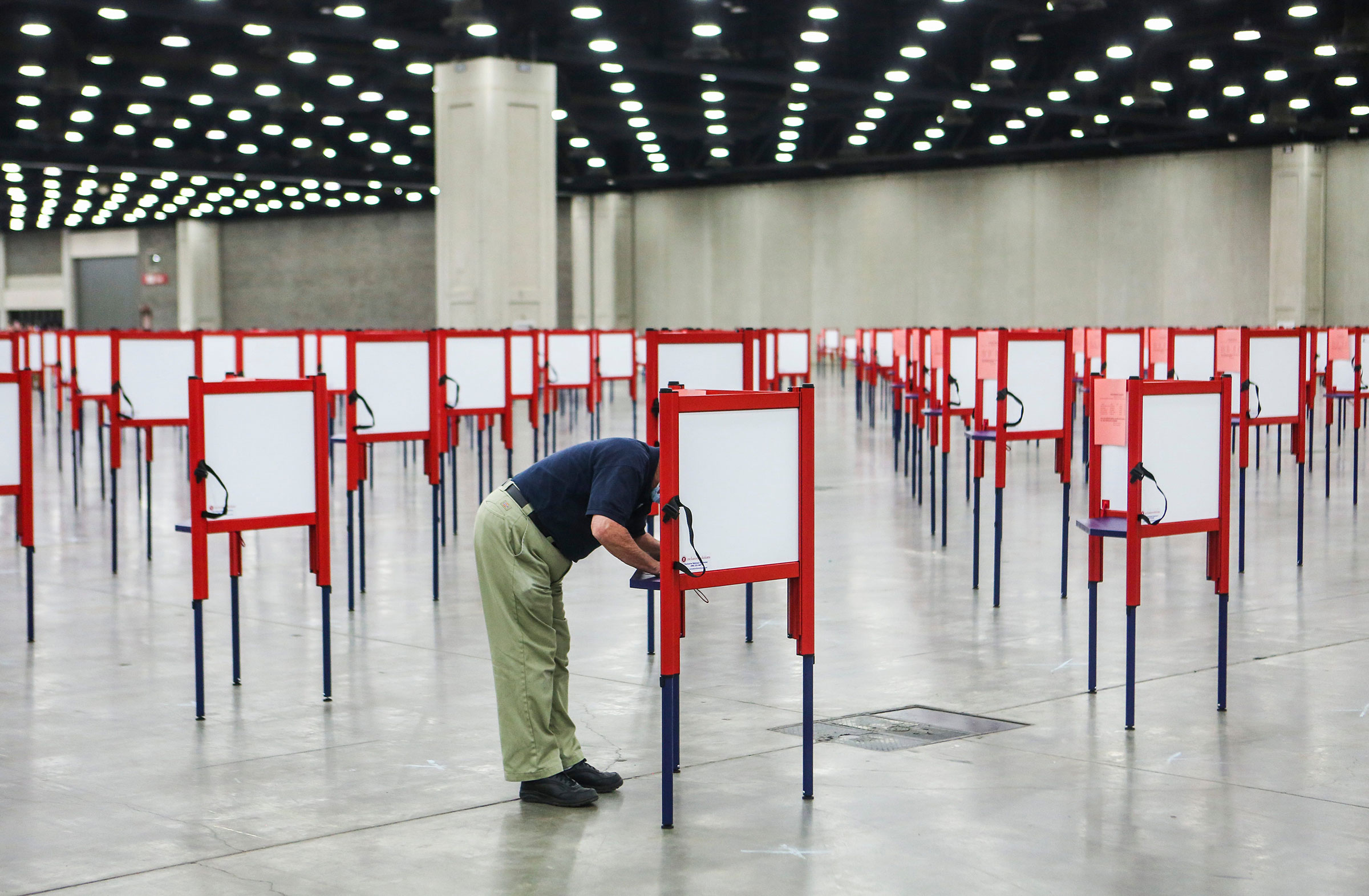 Trump Could Use the Huge Number of Mailed and Absentee Votes to His Advantage. Heres Why Democrats Should Consider Voting Early in Person