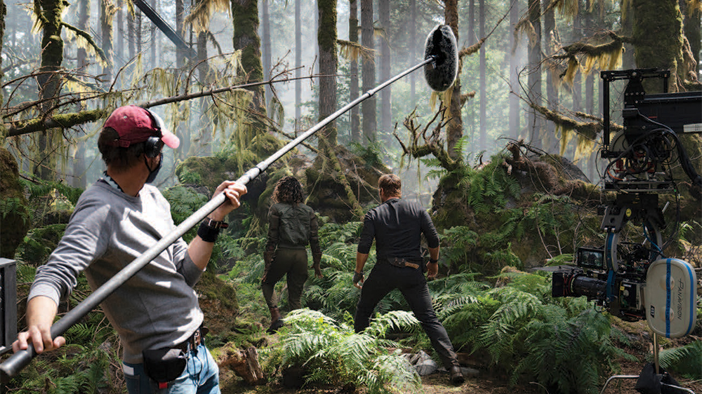 'Jurassic World: Dominion' Resumes Filming With Legacy Cast After Positive Coronavirus Cases