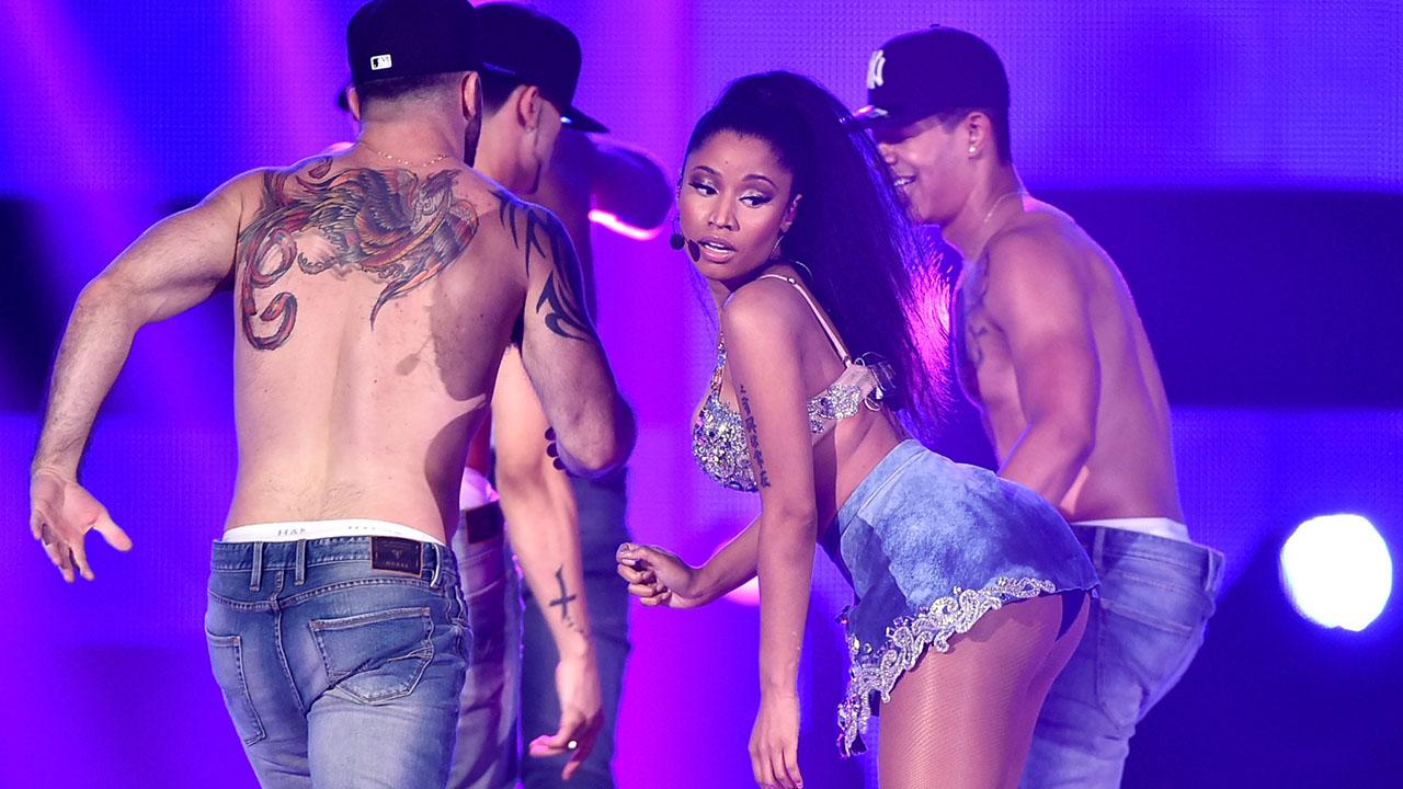 Confirmado: Nicki Minaj anuncia turnê no Brasil em 2015