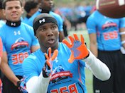 Four-star Howard stays close to home, picks UCLA