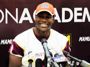 Kerryon Johnson Commits to Auburn