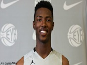 Harry Giles does it all