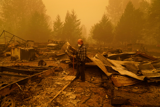 Postal Service closes offices as wildfires continue raging across West Coast