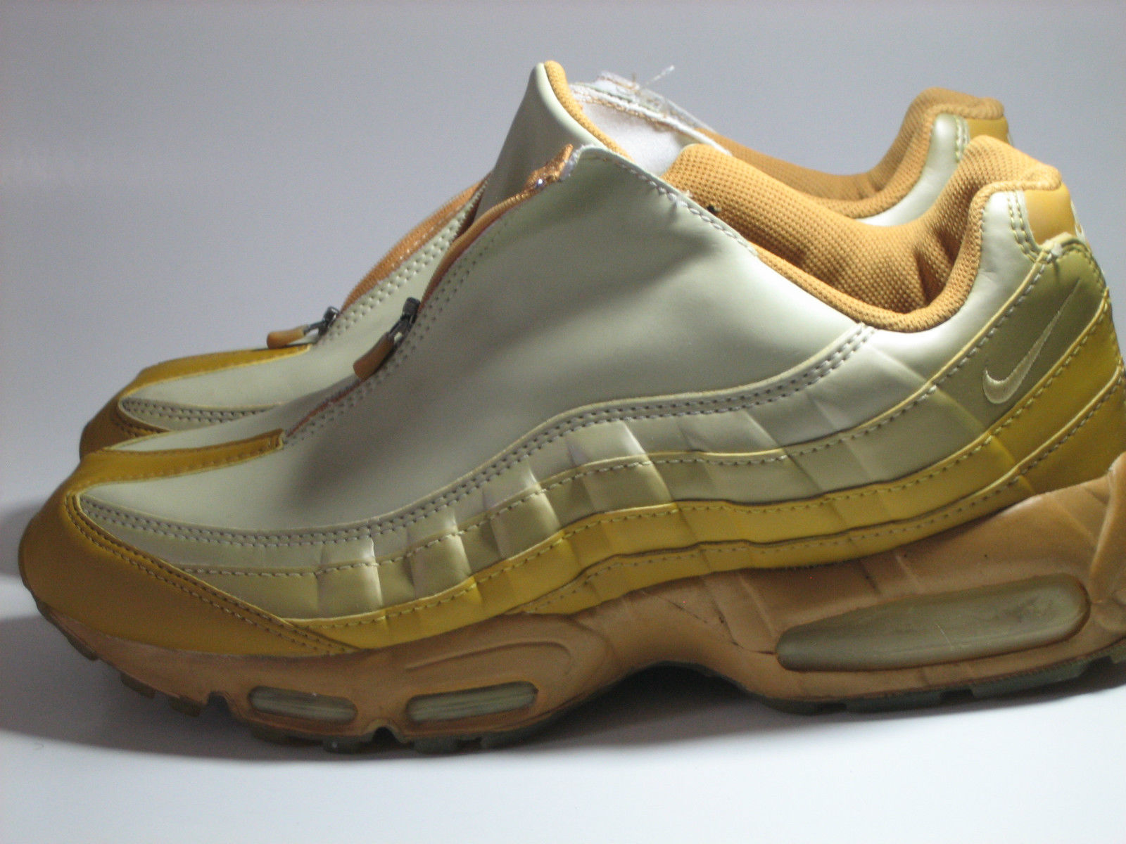 check out 8e2bd 98af9 ... 20 Things You Didnt Know About the Air Max 95 ...