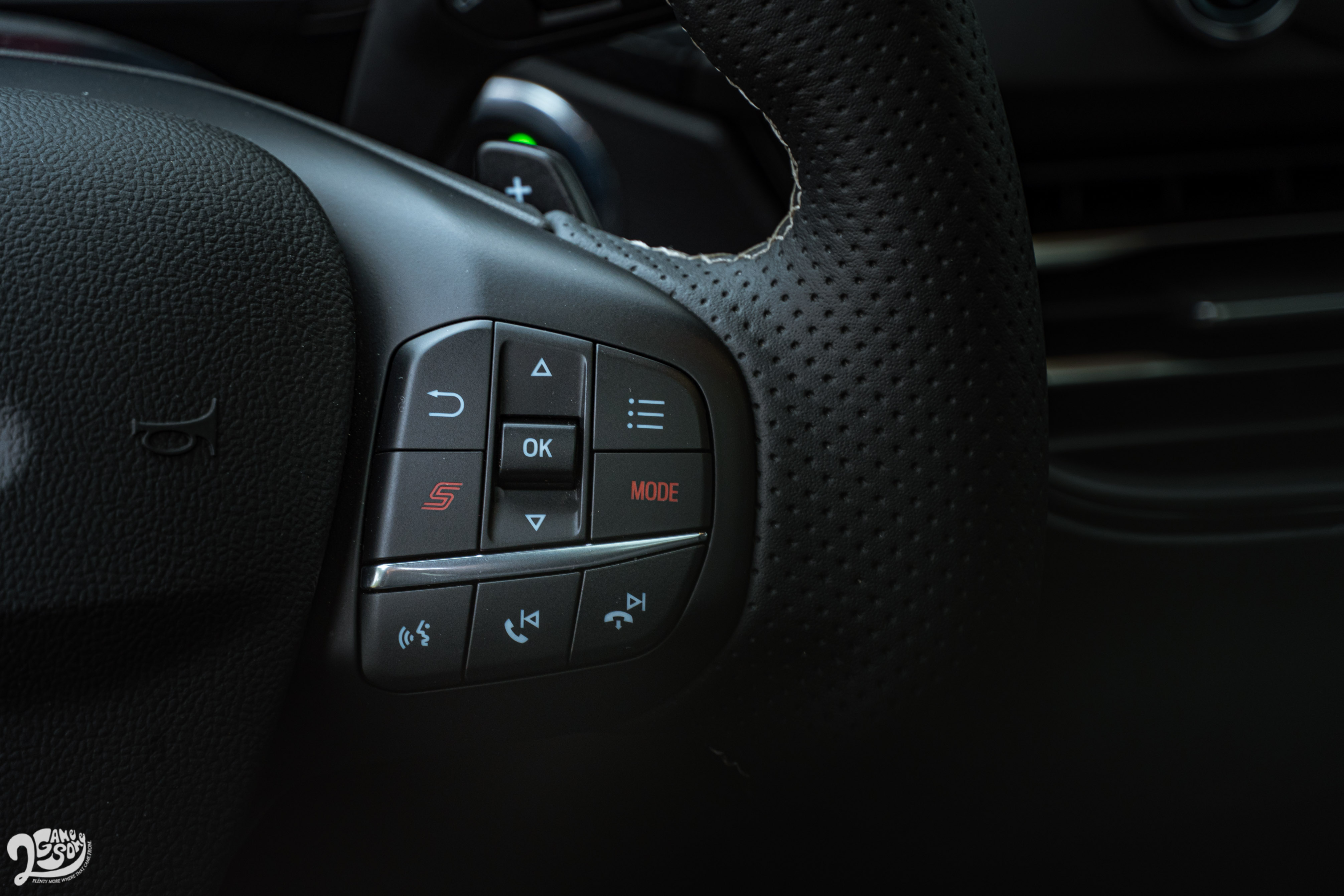 Ford Focus ST Wagon 售價 143.8 萬元。