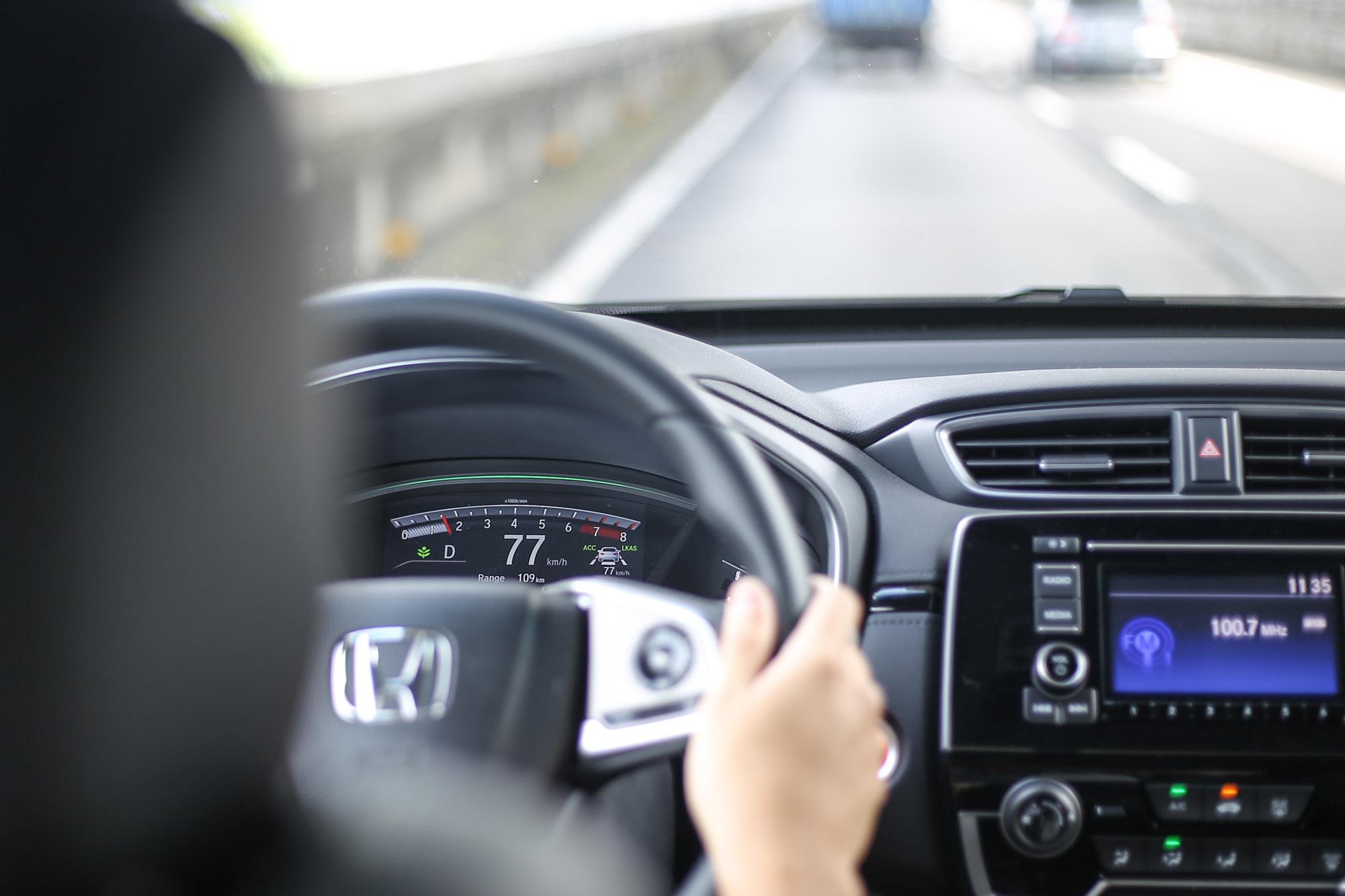 入門的 VTi 車型就配有 Level 2 等級的自動駕駛科技 Honda SENSING 智慧安全主動防護系統。