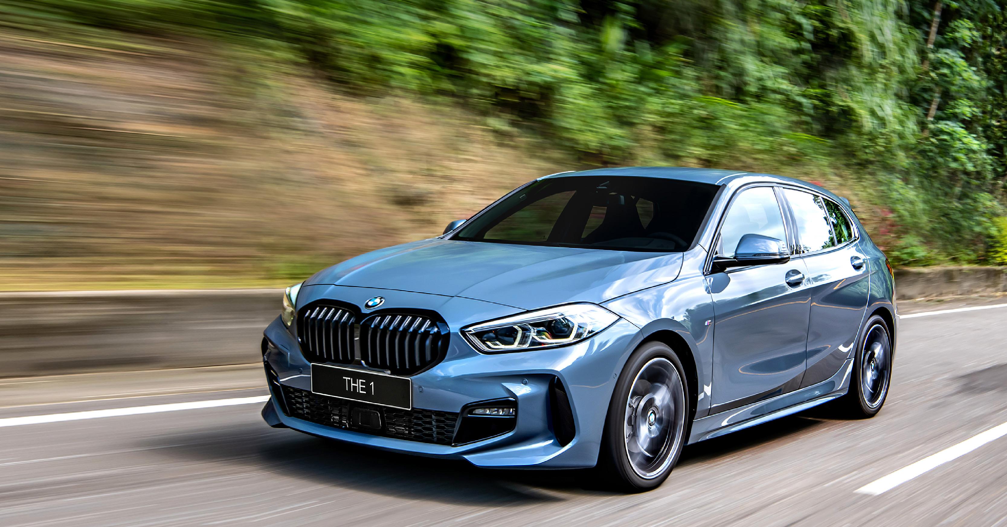 2021 年式 BMW 1系列升 級BMW 智慧語音助理 2.0 與全新 iPhone 手機數位鑰匙,本月入主可享低月付 9,900 元起多元分期方案。