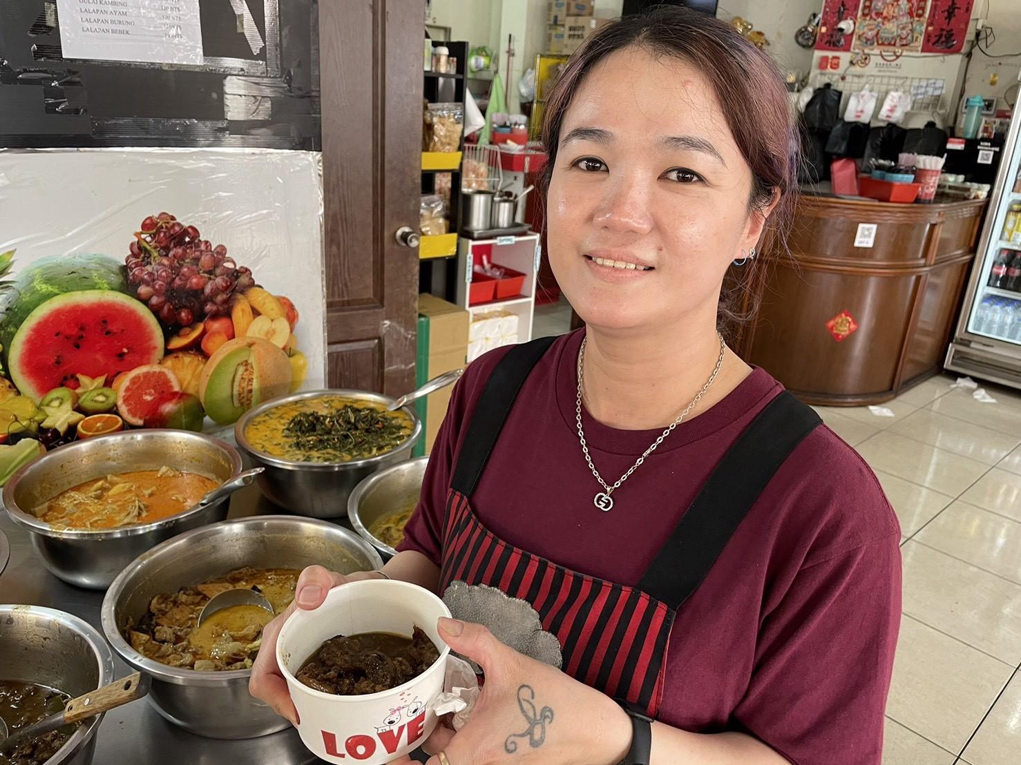 印尼夫妻接手婆婆的小吃店 堅持「正宗家鄉味」新住民都說讚