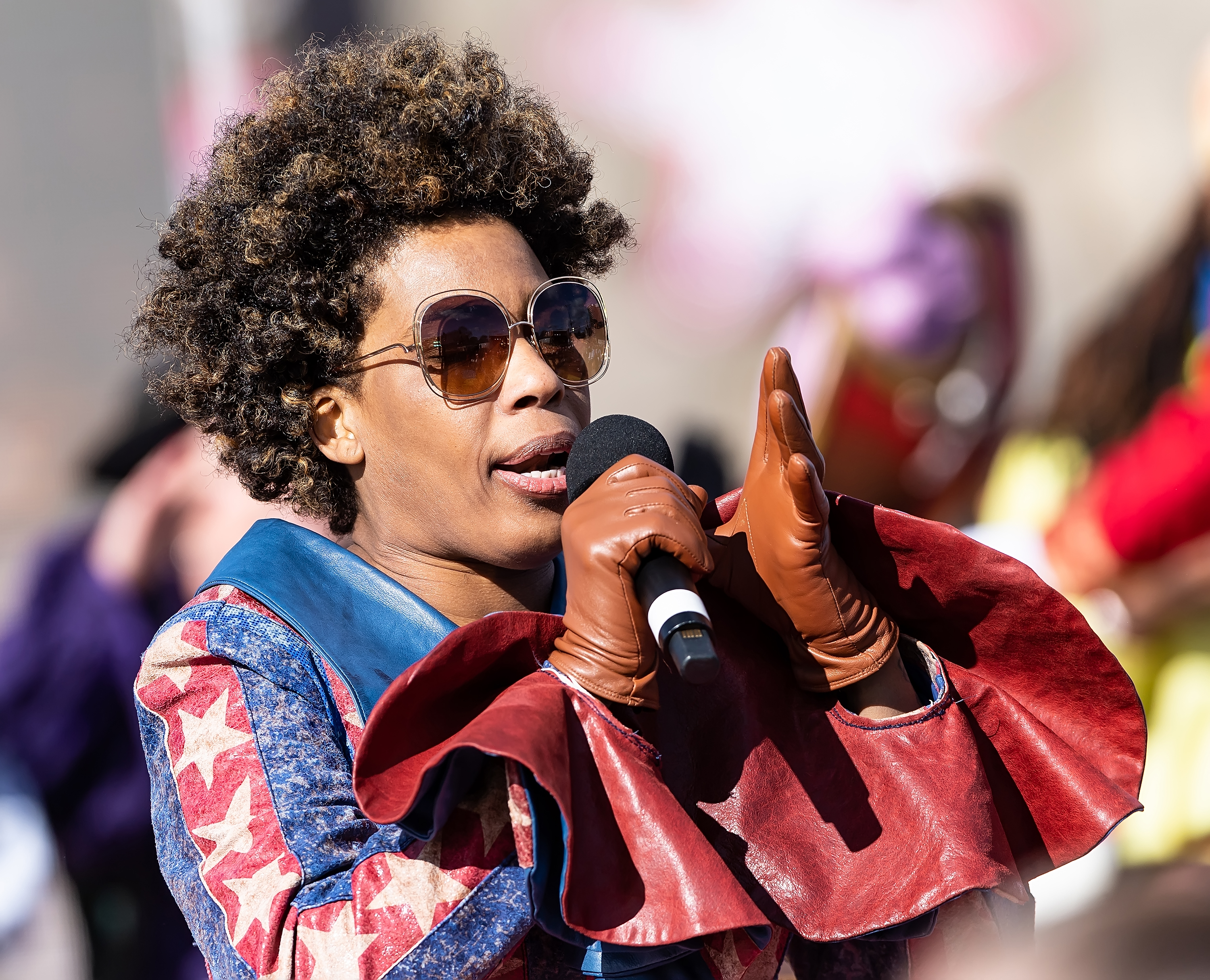 Singer Macy Gray writes op-ed calling for the U.S. flag to be replaced: 'It is tattered, dated, divisive and incorrect'