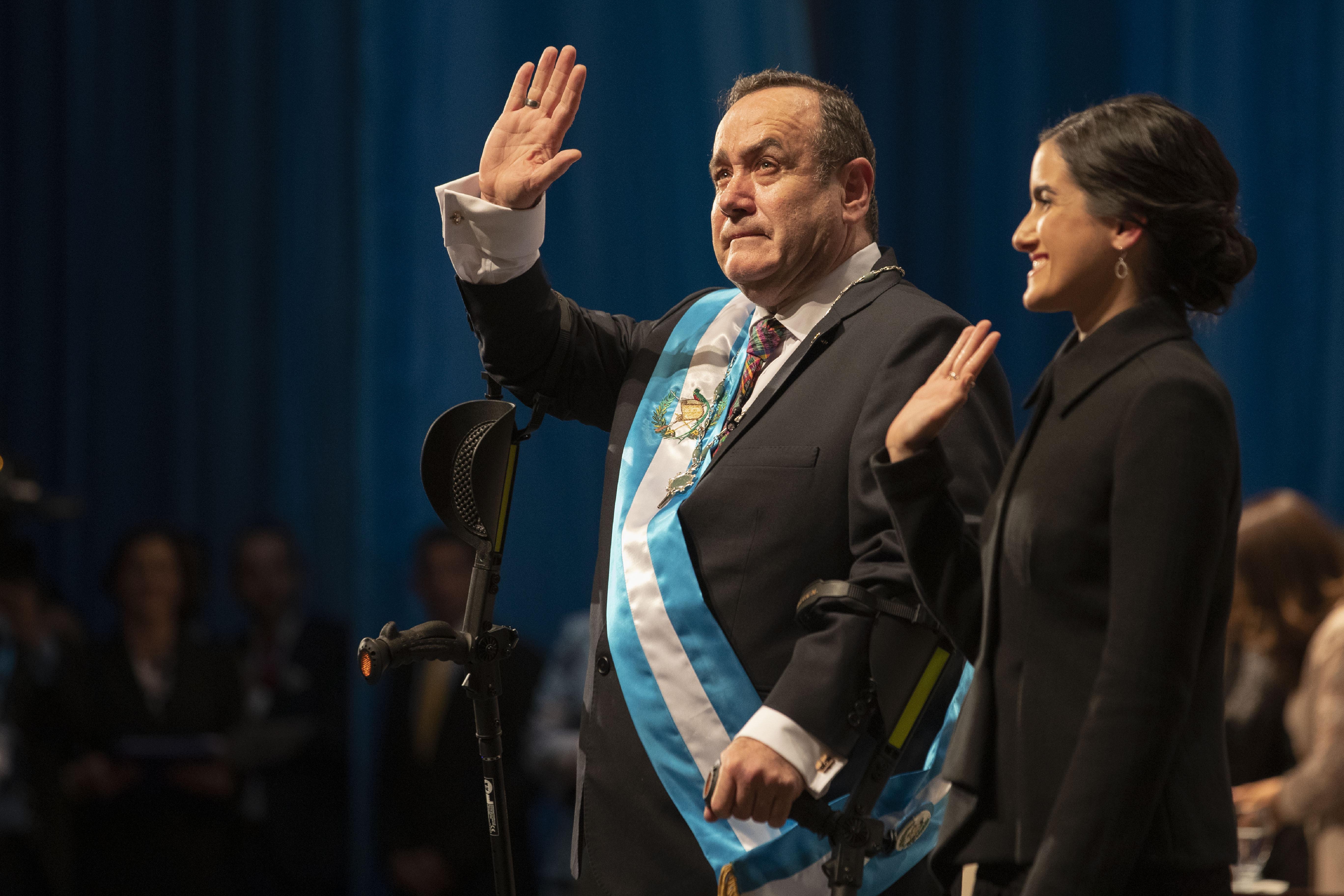 Guatemala breaks off diplomatic relations with Venezuela
