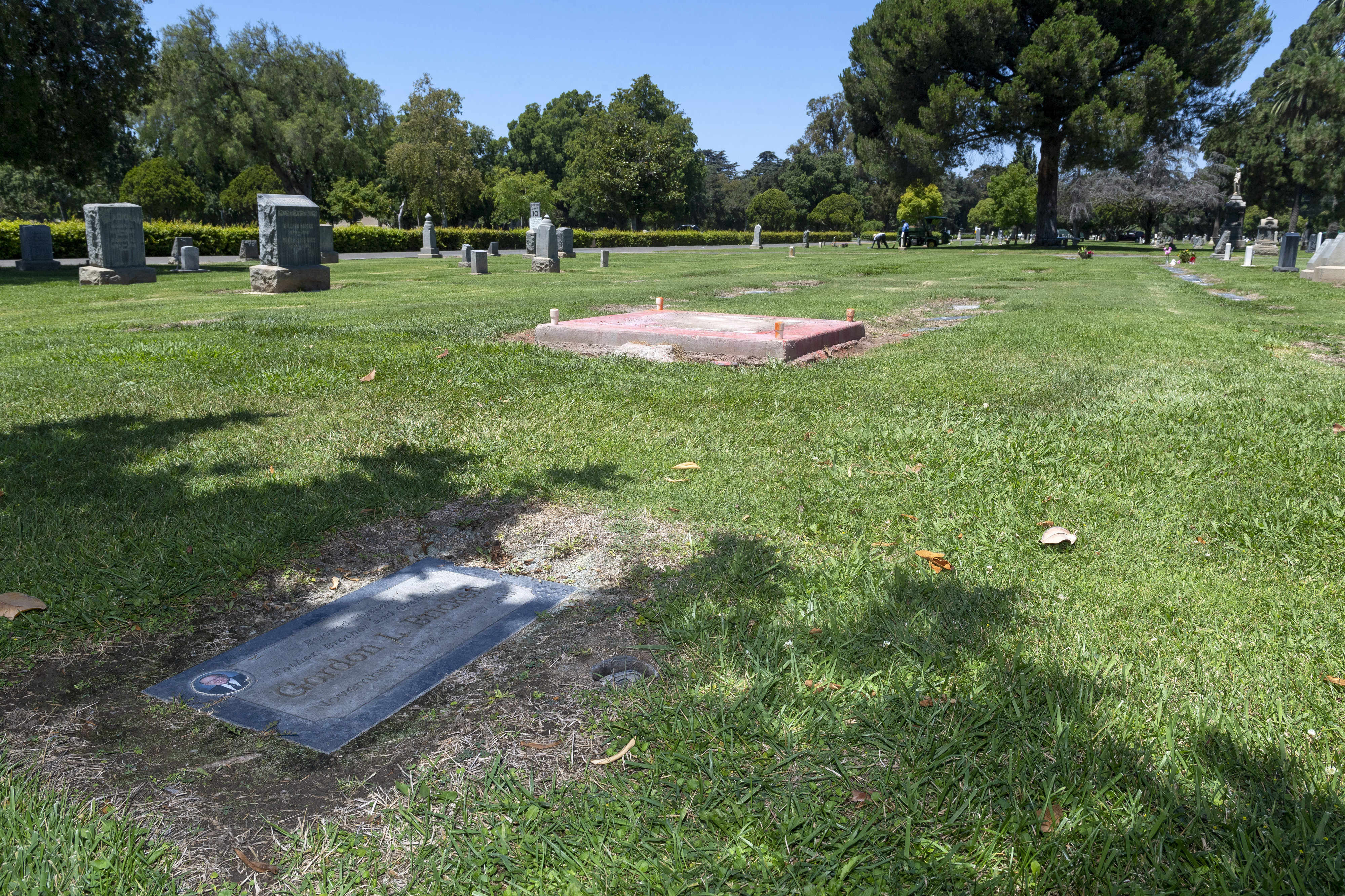 Confederate monument removed from California cemetery