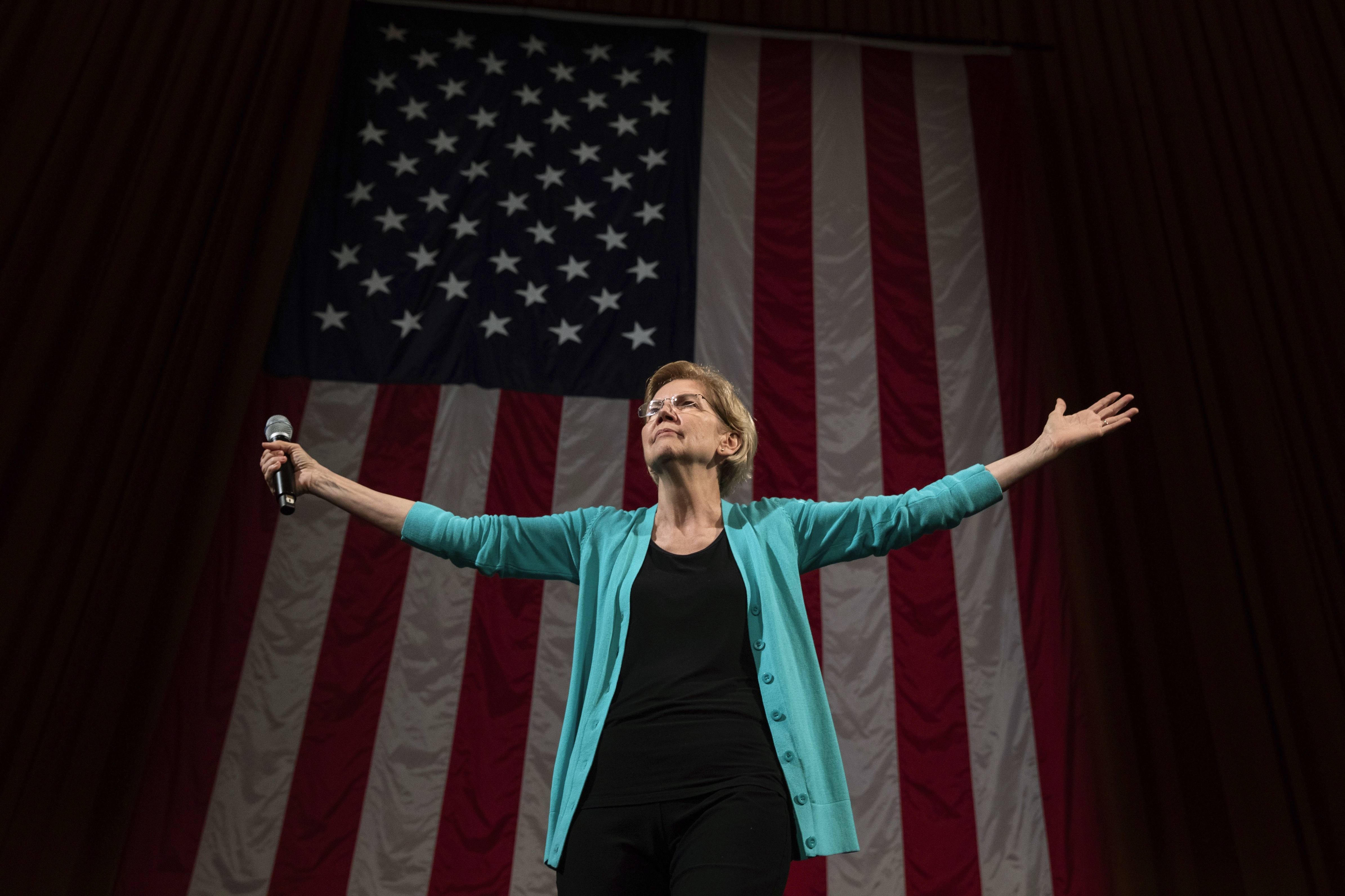Warren raises $19.1M, topping Sanders in new fundraising