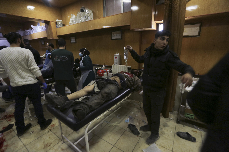 Groups: Syrian planes strike market in rebel area, 15 dead