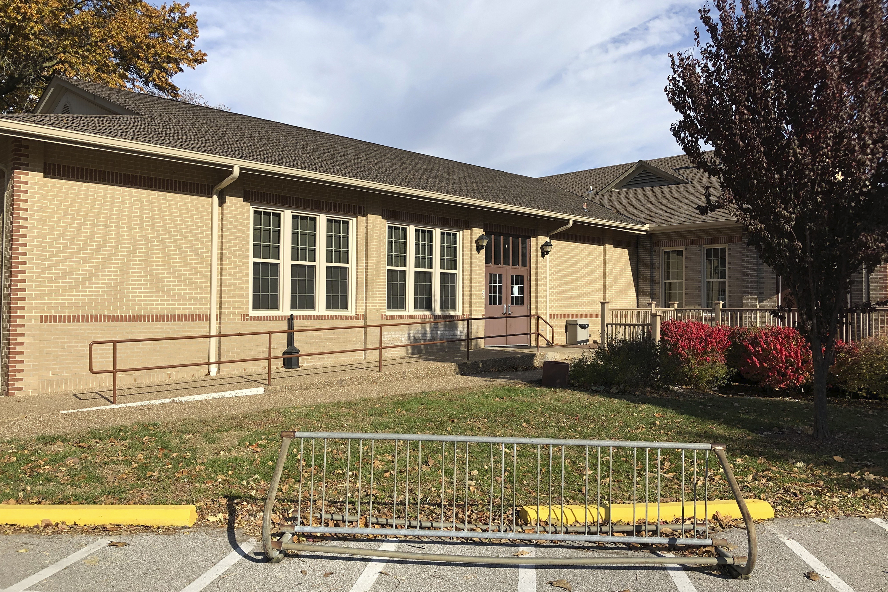 Missouri poll worker kept COVID diagnosis mostly to herself