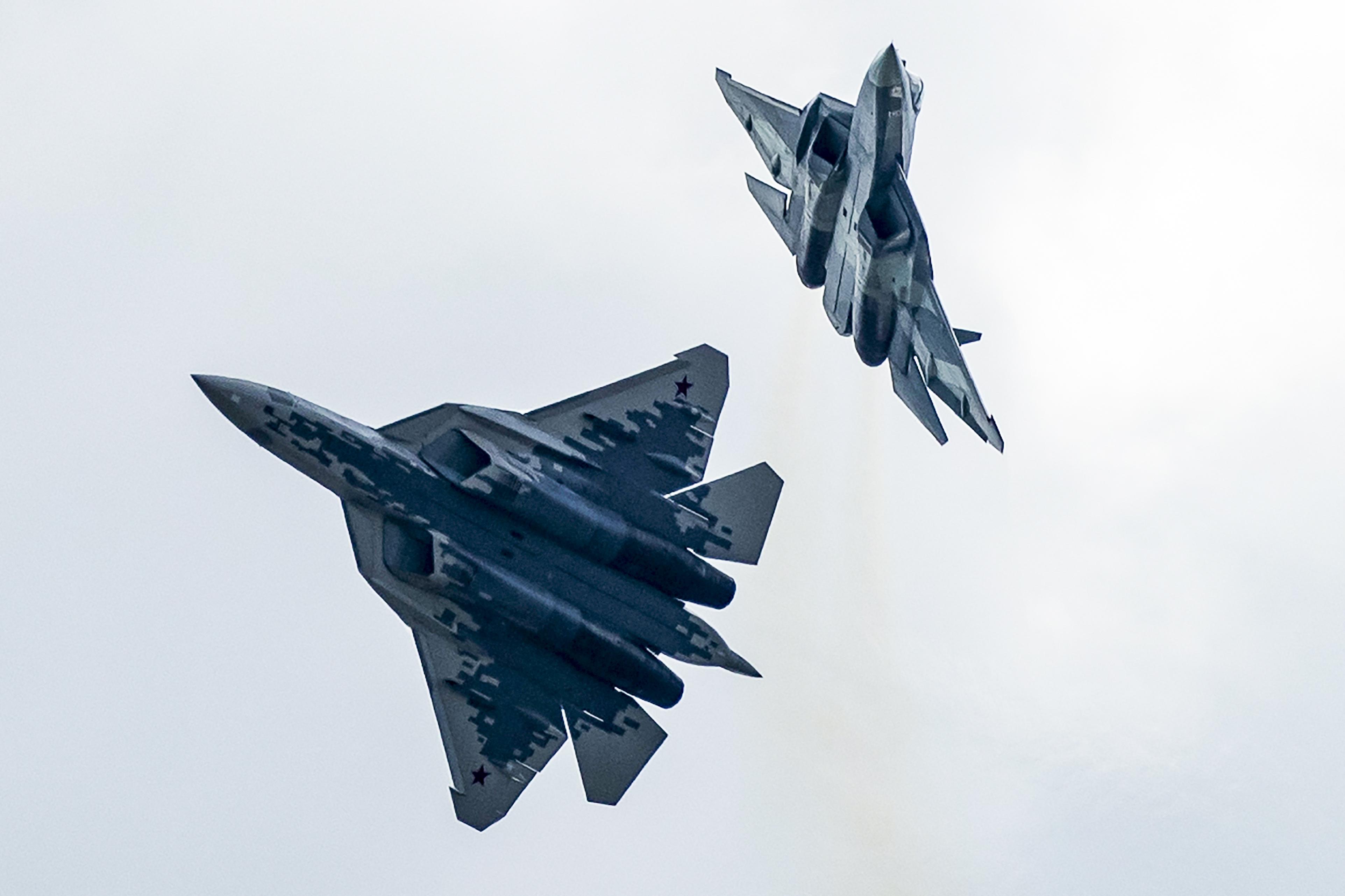 Russias most advanced fighter jet crashes, pilot survives