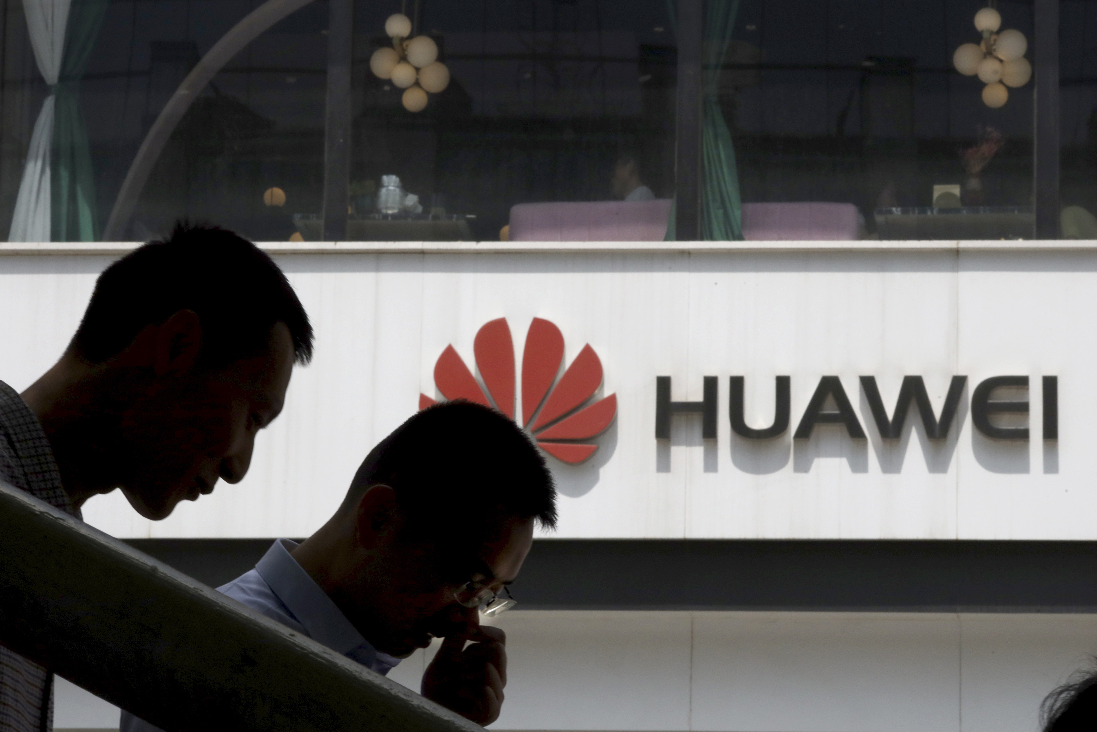 China renews demand on Canada for Huawei executives release